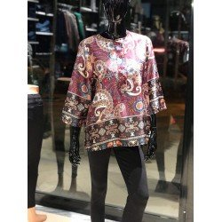 Bluze me Dizenjo Lulesh per Femra